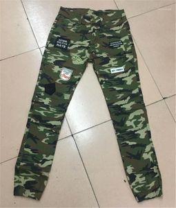 Mens largo tramo vaqueros para hombre de los pantalones del lápiz Parches manera fresca para hombre verde del ejército flaco pantalones de camuflaje