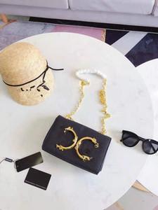 The New Shiny Letters Cadena de moda Hombro Su banquete de gama alta Sra. Paquete pequeño Monederos Bolsos de señora Bolso de mano de diseñador Tarde