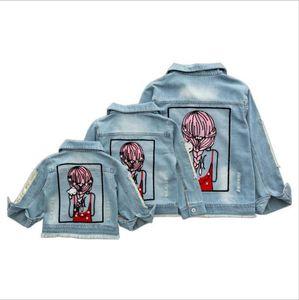 여자 데님 자켓 코트 아동 의류 가을 아기 소녀 용 의류 장식 조각 구멍 핫 수정 라인 스톤 겉옷은 어린이를위한 진 자켓 탑