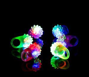 Мигание Bubble кольцо Rave партии моргать Soft Jelly Glow Прохладный Led Light Up Silicone Cheer Prop Cheer Prop Finger Lamp SN193