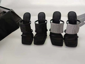Europ Luxury Slide Summer Fashion Wide Flat Slippery With Thick Sandals Slipper Men Women Sandals Designer Shoes Water drill d Slipper Rivet