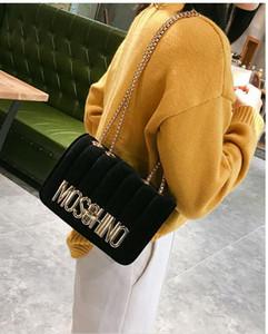 Super Furry Hot Style Cross Body Bags Letter-Muster gute Qualität Schultern Taschen Mode Mini-Beutel-freies Verschiffen