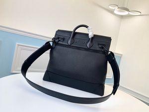 Последняя мода портфель, сумка, дизайн нового типа наклонены назад, тенденция стиля.