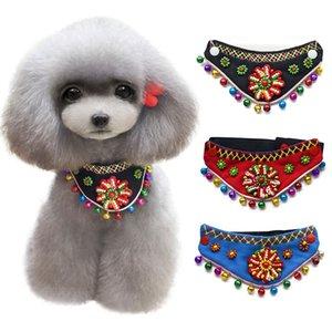 National Wind Pet Bandanas Pet Dreieck Ausschnitt Dekoration Zubehör Turban Hundehalsband mit Bell Bunte Blumen Schal Make Haustiere