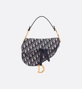 Sıcak Satış Lüks Klasik Tasarımcı Çanta Yüksek Kalite Deri Kadın Omuz Çantası Eyer Çanta 2020 Yeni Moda Metal Harf Bez