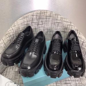 Nuevos llegada 2019 del diseñador de moda de las mujeres zapatos de moda zapatos de punta redonda británicos Martin zapatos de cuero de patente de los dedos del pie gruesas de fondo redondo con la caja