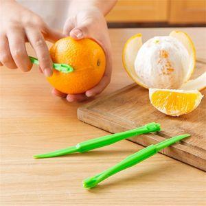 16 centimetri Long Tipo Arancione Sbucciatori cucina gadget Frutta Verdura Strumenti Peeler Parer agrumi arancio di sbucciatura della frutta Dispositivo Zesters DBC BH3758