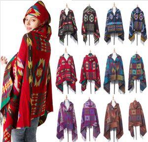 180 * 80cm bohème rétro géométrique Châle Écharpe Poncho tribal frangée Manteau Sweats à capuche Veste rayée Cardigans Cape châle pompon FFA993