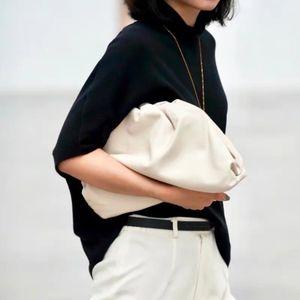 Le sac enveloppe Pochette en cuir de luxe Sacs à main Femmes Sacs Forme Designer Volumineux ronde et sacs à main Boulette embrayages T200131