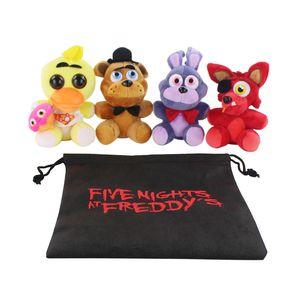 4pcs / SET no saco dos desenhos animados de cinema FNAF Foxy Bonnie 5 cinco noites no Freddys Plush Doll Toy Chica Fazbear Febre Macio Stuffed Y200703