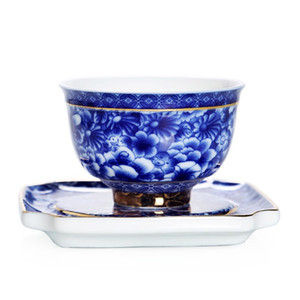 Small Tea Cup With Saucer Flower Blue and White Porcelain Tea Bowl Jingdezhen Ceramic Kung Fu Teacup Coffee Beer Wine Mug