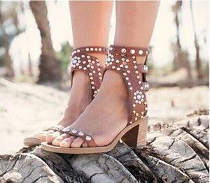 Rome Vintage Style Rock Consuly Face пряжки Гладиаторы сандалии женские туфли прохладные заклепки заклепки штифт лето Zapatos Mujer