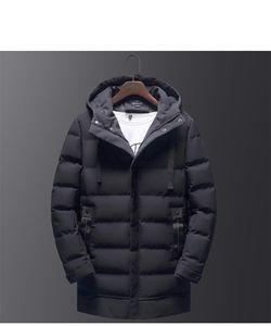 Winter Designer Herren Button Mäntel Homme Baumwolle gepolsterte dicke Mode Solid Mens Long Parkas Reißverschluss und Fliegenjacke Ufujq