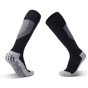 Mode d'été Hommes Football Socks Nouvelle arrivée au-dessus du genou Mens Solide Couleur antidérapants Respirant Bas Hommes Casual Chaussettes de sport