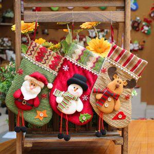 Moda Knit Natal Meias bonitos dos desenhos animados Crianças de Santa Presentes Doces Sacos Xmas Tree Stocking Partido Decoração TTA1949