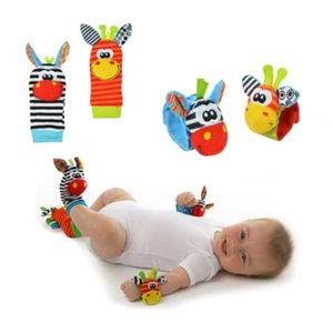 New A Pair Baby Infant Toy Soft Handbells Hand Wrist Strap Rattles Animal Socks Foot Finders Stuffed Toys Christmas Gift