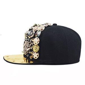 الاتجاه 2020 رئيس هوب المسامير الثقيلة جديد معدن الورك قبعة الفهد الجمجمة لون الماس قبعة حافة مسطحة