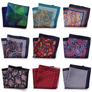 Sarto Smith nuovo progettista Pocket Fashion Square Handkerchief Dot Paisley floreale a quadri stile Hanky Mens Suit Pocket Accessories T200618