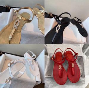 2020 Men Sandals Crocks Summer Hole Shoes Crok Rubber Clogs Men Eva Unisex Garden Shoes Black Crocse Beach Flat Sandals Slippers T200520#622