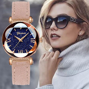 2019Geneva Casual Women Watch Dial Fashion Robe en cuir élégante fleur montres à quartz Ladise Horloge