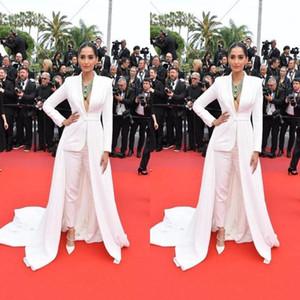 2020 Celebrity Tapis rouge Jumpsuit avec le train Sexy V-cou à manches longues design Stain occasion de bal formelle robe de soirée Pant