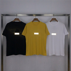 Mens Stylist camisetas Cotton Tee Tops Moda Preto Branco Amarelo Homens Mulheres manga curta Reflective Verão Camiseta tamanho M-XXL