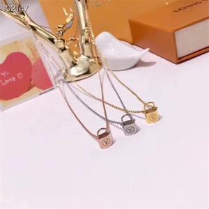 Simple forme de verrouillage collier pendentif SIN style Femmes Hommes Lettre Colliers Imprimer Marque Collier Bijoux Cadeau