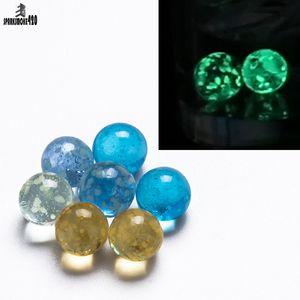 Perle de verre lumineuse de 6 mm rougeoyante dans un insert en verre de Terp Dab en verre foncé pour Turp Slurper Quartz Banger Nail 820