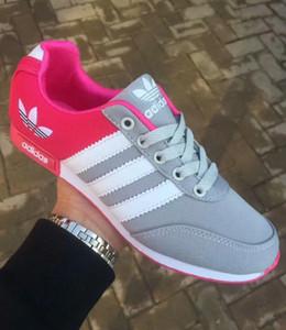 2020 Größe 36-45 Marke Laufschuhe für Männer Frauen Low Cut Lace Up Casual Sportschuhe Outdoor-Unisex Zapatillas Sneakers Walking-Schuhe 3VE6