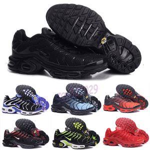 Nike Air Max TN Plus 도매 2019 새로운 테네시 남성 신발 저렴한 블랙 화이트 레드 에어 TN 플러스 울트라 스포츠 신발 클래식 TN Requin 스니커즈 EUR 크기 40-46 G52
