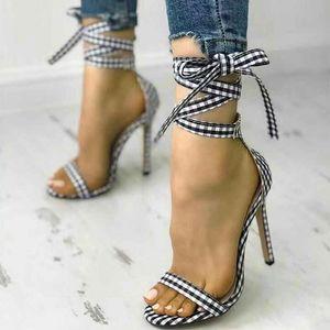 Kadın Ayak Bileği Kayışı Yüksek Topuk Sandalet Yeni Ekose Çapraz Bağlı Kapak Ince Topuk Bez Kadın Moda Parti Ayakkabı Bayanlar
