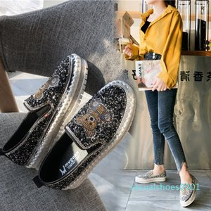 Slip on Crystal Shoes Women Flats Spring Autumn Round Toe PU Flat Shoes Women Casual Sneakers Ladies Loafers 2020 Rubber c01