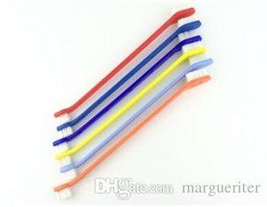 Perrito del plástico del cepillo de dientes de perro doble Heads dientes Cepillos de dientes Multi color de la herramienta de limpieza del gato mascotas fuentes de la preparación