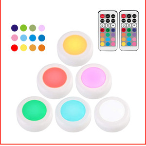 Bouton Télécommande RGB Night Light Color Festival Party Atmosphere LED batterie Cabinet Pat Lumière XD23157