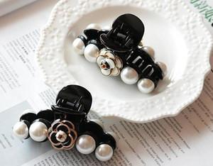 CC Fashion Hochwertige erwachsene koreanische schwarz-weiß klassische Kamelie Klaue Klemme kleine Greifer Haarnadel Haarspange Seite Clip VIP Geschenk für Mädchen