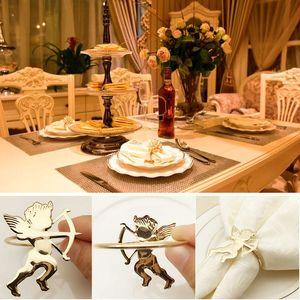Sıcak 50pcs Altın Peçete Yüzük Sevgililer Düğün Evi Parti XJS789 için şık Cupid Peçete Tutucular Hediyeler