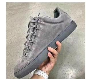 2019 New Hot Classic designer de mode en cuir Low-Top Sports Arena de la mode formateurs chaussures Sneakers chaussures plates 36-46