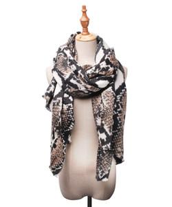 La fibra de acrílico al por mayor del otoño de las mujeres de la bufanda del estampado leopardo de las bufandas personalizada piel de serpiente Otros chales bufandas DOM-1081440