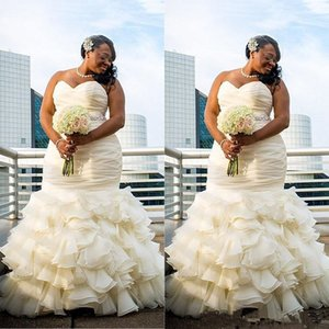 2019 Plus Size Mermaid Wedding Dresses Sweetheart Ruffles Ruched Sweep Train South African Bridal Gowns Beach robe de mariée