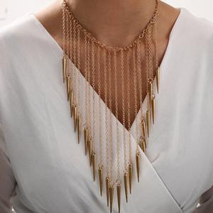 New Golden кисточка Rivet ожерелье женщины 2020 Европейские готические ожерелья для девочек Подарков Punk ювелирных изделий Заявления Воротника Mujer