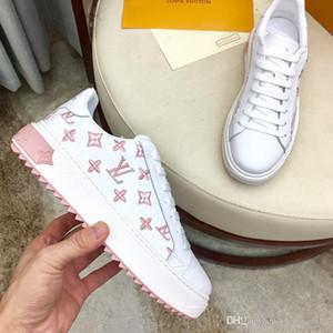 Zapatilla de deporte para mujer botas zapatos de las señoras de lujo atan para arriba las zapatillas de deporte de pisos de cuero zapatos de golf casuales de alta botines de plataforma superior Moda