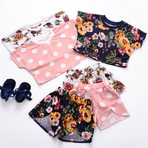Bebek Giysileri 2 ADET Set Çocuklar Takım INS Kızlar Çiçek Prited Kısa Kollu Kısa Pantolon Çocuk Giyim Q374 Tops