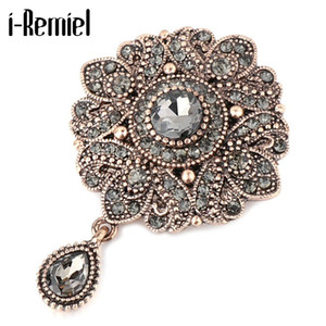 Vintage Gray Crystal Flower Brooch Pins for Women Antique Gold Rhinestone Scarf Buckle Lapel Pin and Brooches Luxulry Jewelry