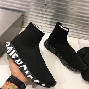 2020 Nouvelle vitesse Sneaker graffiti semelle Pour Hommes Femmes Vitesse Formateur en tricot 3D Chaussures Triple Noir Runners Chaussettes avec la boîte sac à poussière
