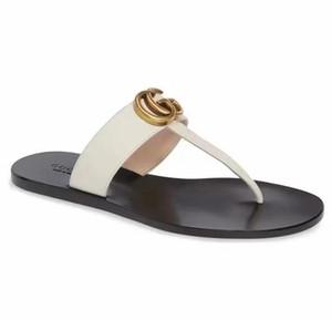 Nueva moda para hombre Pisos de mujer Sandalias casuales Zapatillas de playa Zapatos Zapatos de cuero Chanclas unisex Sandalias G492