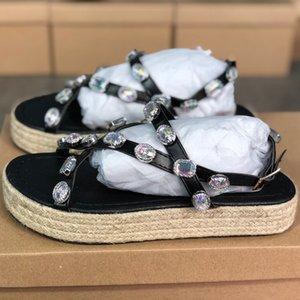 Mulheres Platform Sandal com strass Moda Couro Luxo Festa de Verão sandália Slides Straw Shoes Luxo Outdoor Platform Slipper EU43