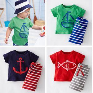 Baby-Kleidung Junge Tracksuits Karikatur Anker Fisch-beiläufige Klage 2pcs Sailboat Sets T-Shirt + Hosen Gestreiftes 2ST Kind-Kleidung passen