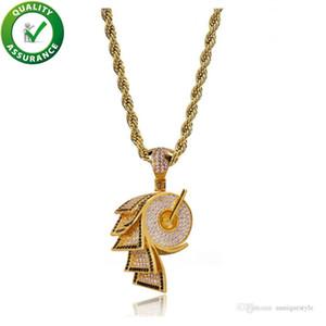 Joyería de hip hop helado hacia fuera colgante para hombre diseñador collar rollo de papel forma Cubic Zirconia cadena de oro collares CZ moda de lujo accesorios