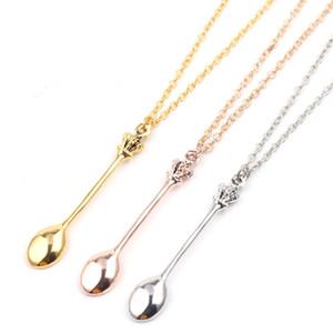 3 Couleurs Bijoux Creative Mini Long lien cuillère Colliers Charm cuillère à thé Minuscule Pendentif Collier avec Couronne Collier