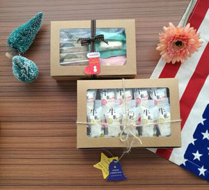 Kahverengi Kraft Kağıt Kutu ile Pencere Hediye Kutusu Cajas de karton Packaging Çerez Macaron Kutusu Düğün Hediyelik Kutular 18 * 12 * 5 cm / 21 * 15 * 6cm